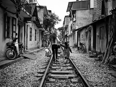 Living on the Tracks, Tran Phu - Hanoi
