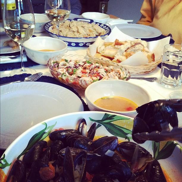 Seven fish feast an italian christmas eve lauren for Italian seven fishes