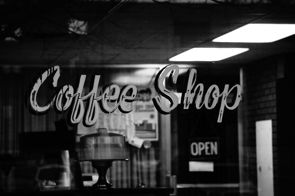 Black Coffee And Live Rcerhoses