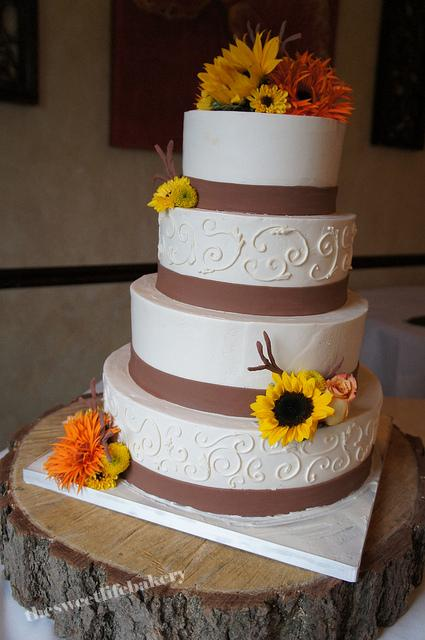 Fresh Flower And Branch Fall Wedding Cake