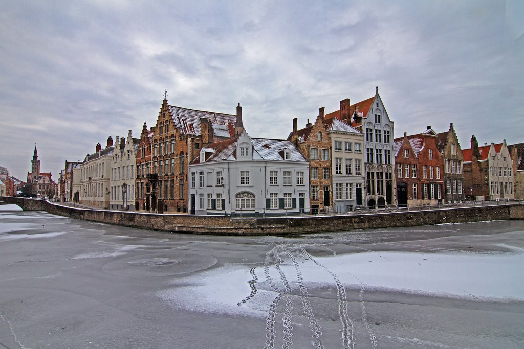 Bruges In Winter 1 Frozen Canals Empty Streets A Good