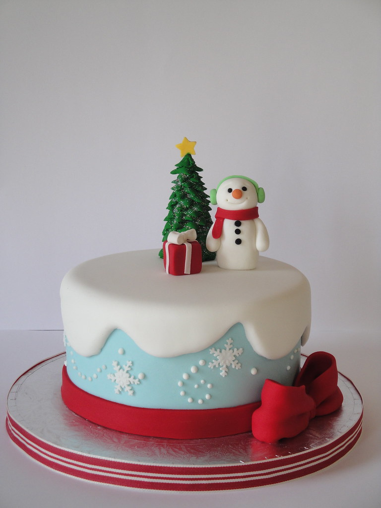 Christmas Cake Decorating Ideas Beginners : Frosty the Snowman This was a demo cake that I made ...