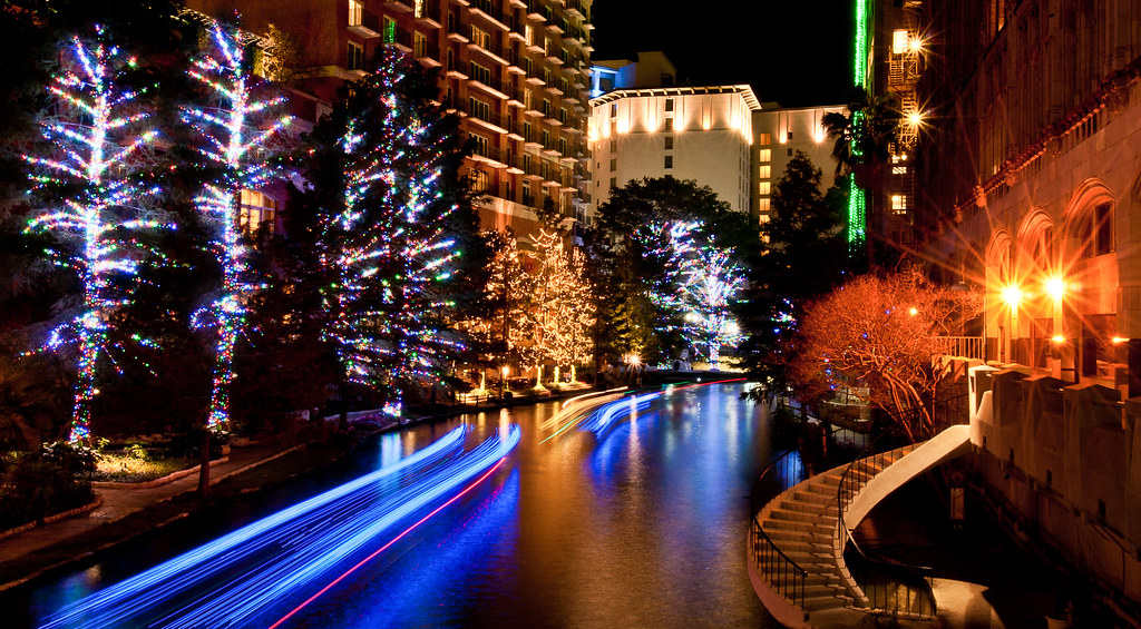 San Antonio Riverwalk Had A Free Night In San Antonio