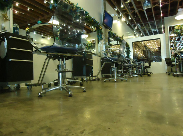Interior view of avant garde hair salon in coral gables for Abaka salon coral gables