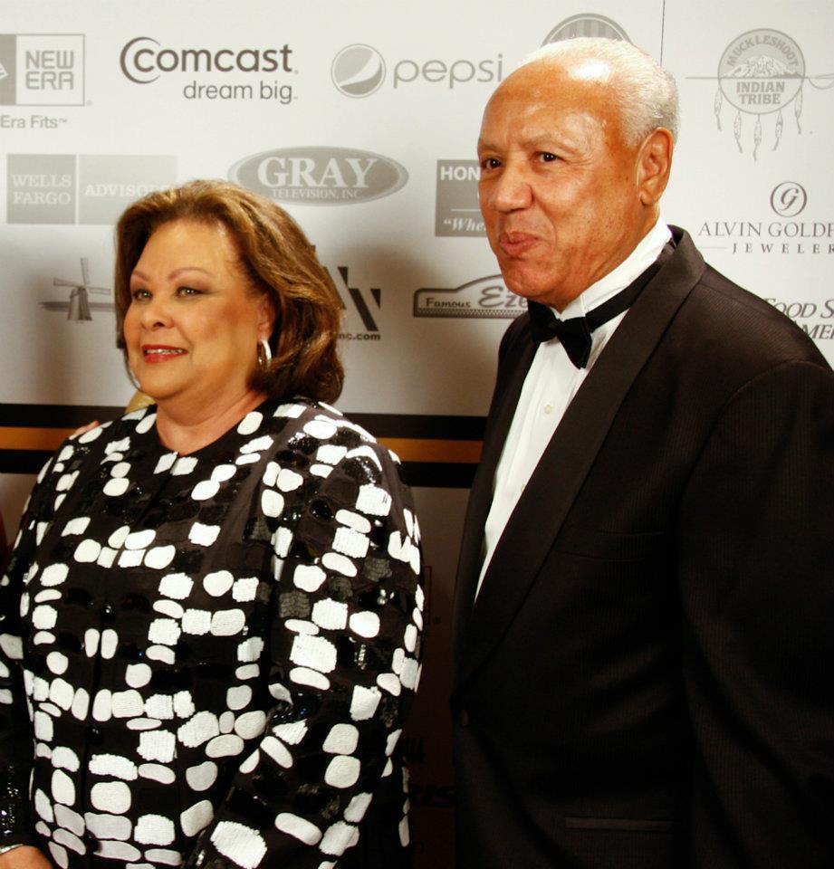 Coach Lenny & Marilyn Wilkens solminod
