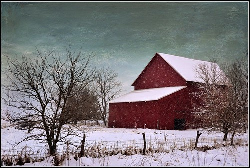 Red Barn in the Snow | by keeva999