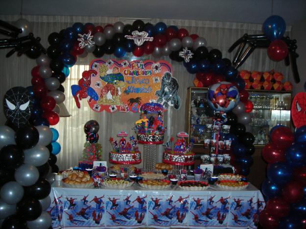 Decoracion del hombre ara a 2 decoraciones de globos - Decoracion de aranas ...
