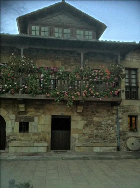 Photo - Casa montanesa ...