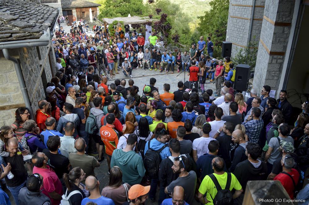 Εκατοντάδες κόσμου παρευρέθησαν στις απογευματινές εκδηλώσεις του Σαββάτου | Photo (c): GOExperience / Babis Giritziotis