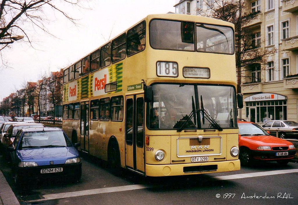 berlin 3299 in 1997 from the time that berlin buses were s flickr. Black Bedroom Furniture Sets. Home Design Ideas