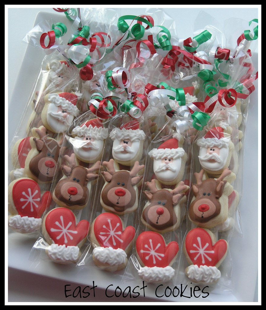 Mini 3 pack christmas cookies made for a friend 39 s soccer for Christmas cookies to make for gifts