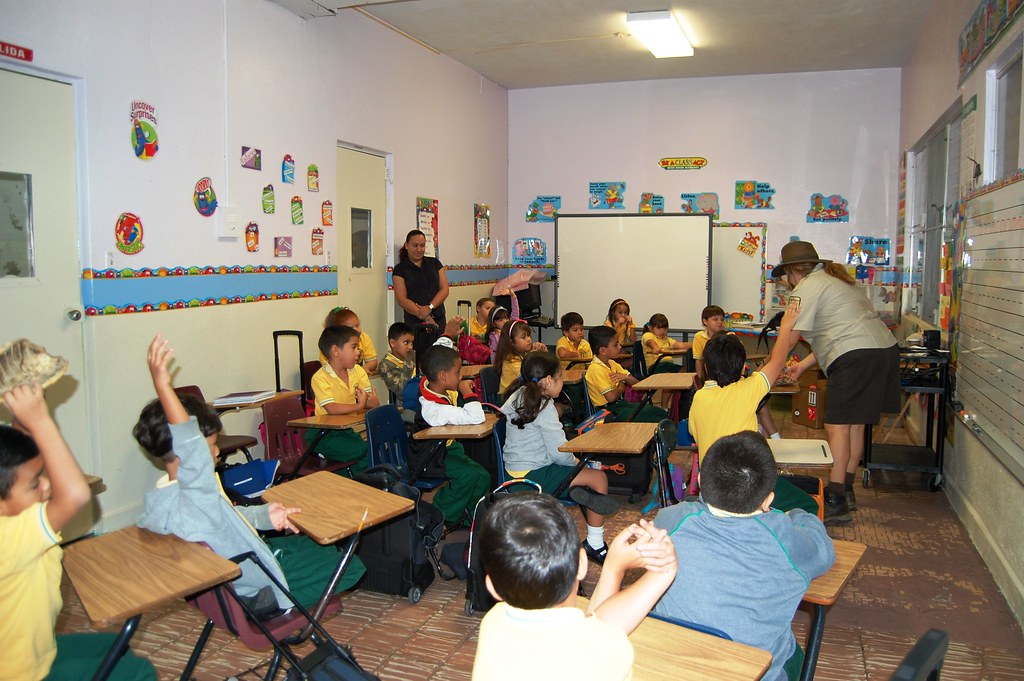 Elementary School Classrooms ~ First graders of the interamerican university elementary s
