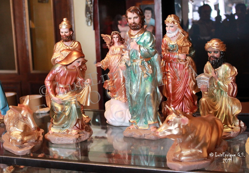 Feliz navidad artesan as navide as de amozoc puebla for Artesanias navidenas