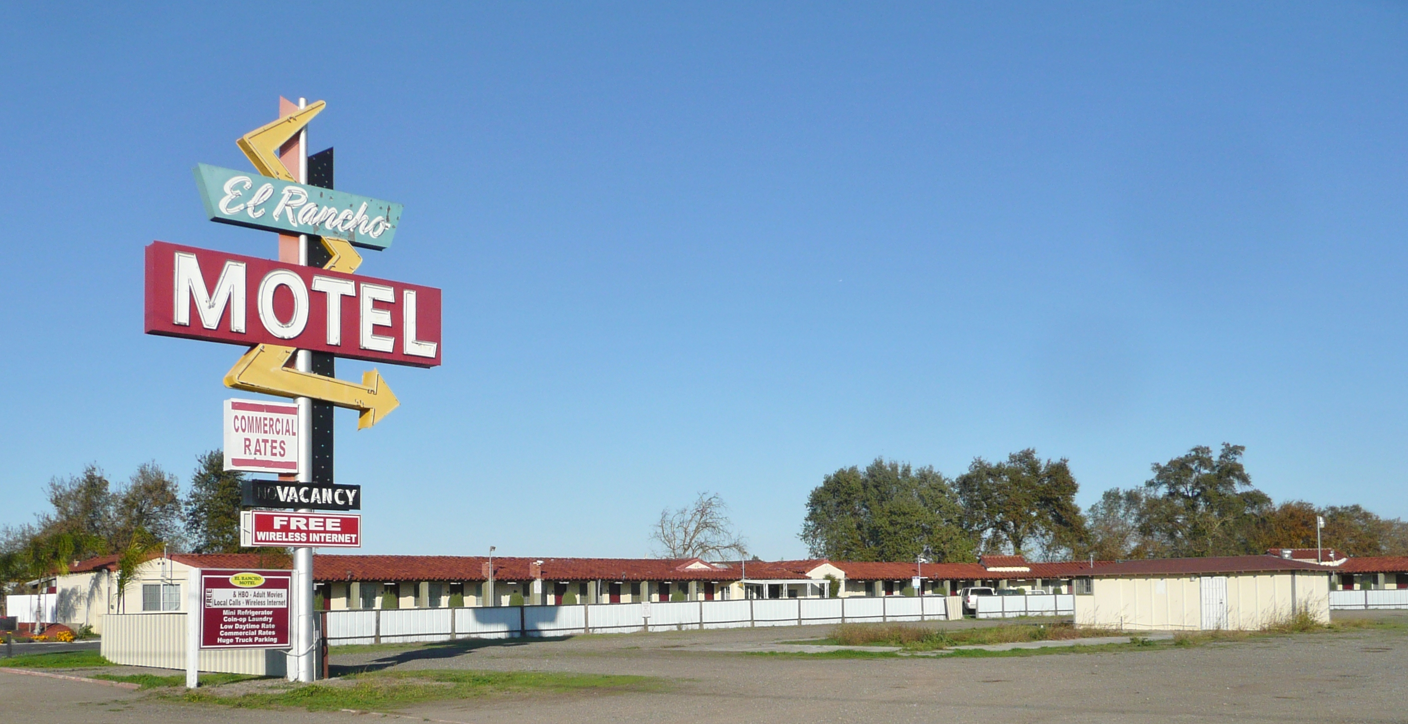 El Rancho Motel - 5936 California 99, Stockton, California U.S.A. - December 3, 2011