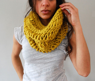 Drop Stitch Cowl in Citron | by SpiderWomanKnits