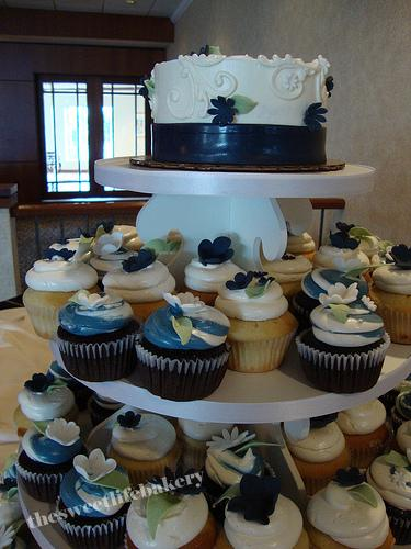 navy blue wedding cake with cupcakes navy blue cupcake tower and cake a wedding cupcake tower 17781