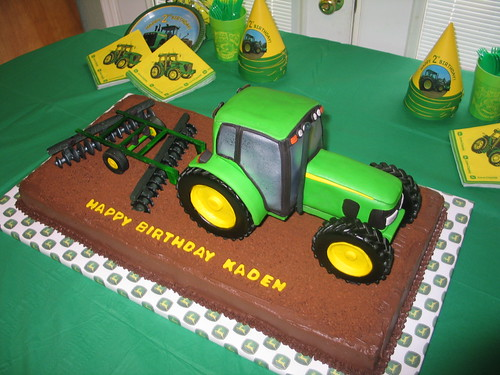 D Tractor Cake Topper
