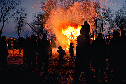 2011 Winter Solstice Bonfire in Olbrich Park | by Madison Guy