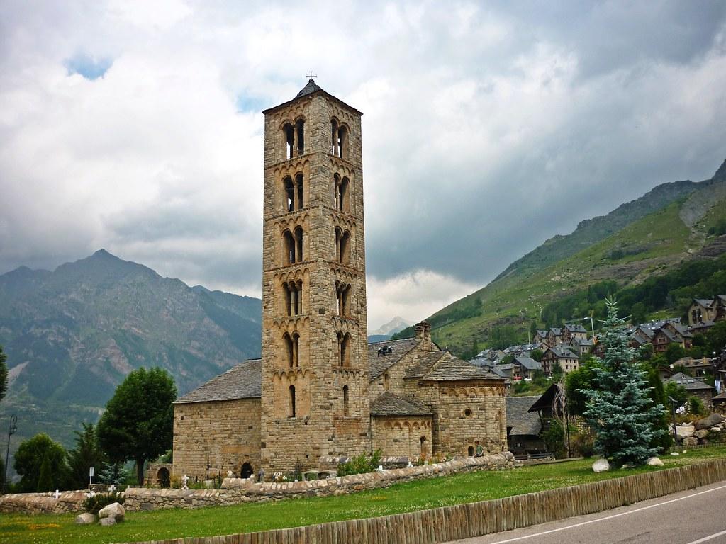 Sant Climent de Taull  Església romànica a la Vall de Boí ...