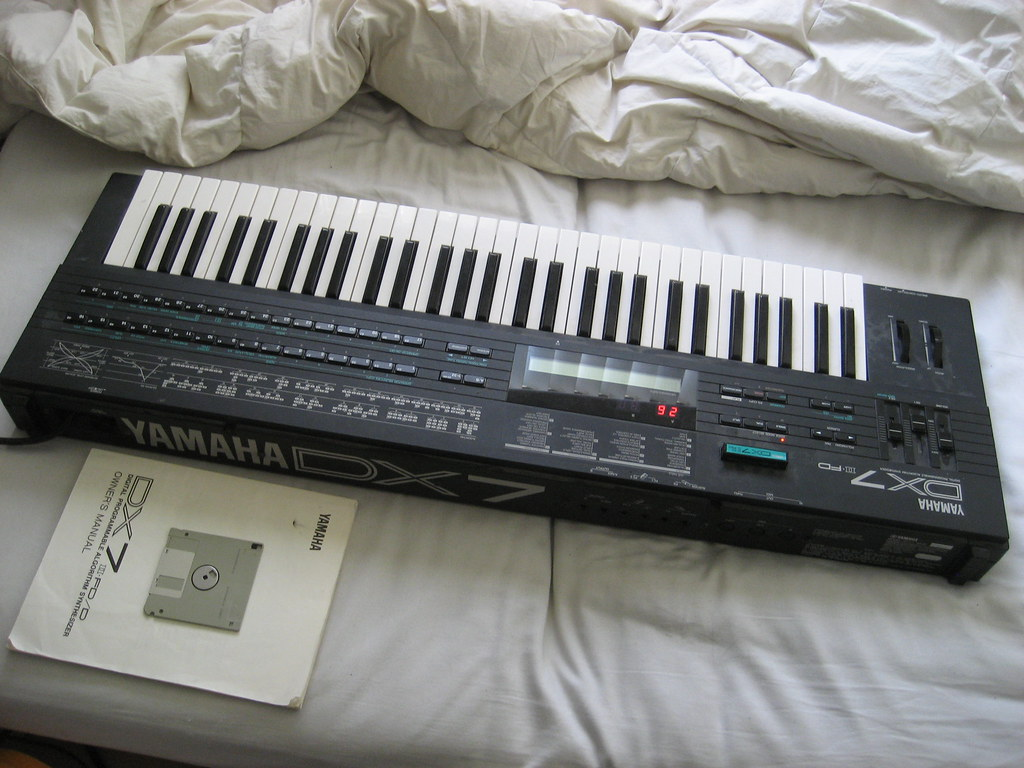 Craigslist Com Phoenix >> Yamaha DX7 II-FD Digital Programmable Algorithm Synthesize… | Flickr