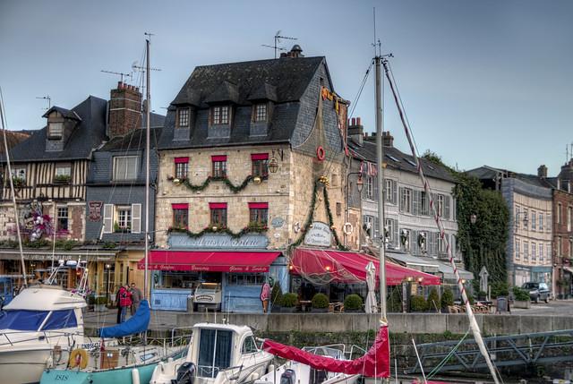Imgp0187 la maison bleue honfleur france flickr photo sharing - Maison bleue mobel ...