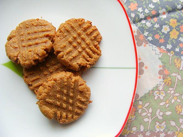 Almond Butter Crunch Cake