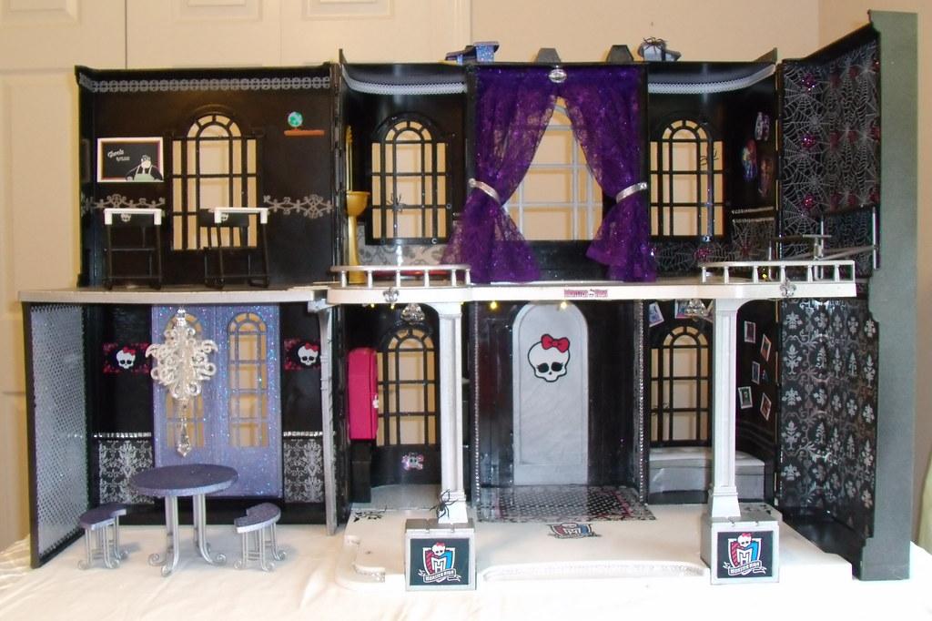 A dolls house english a1 higher