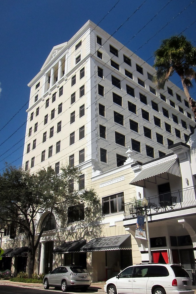 Commercial Buildings In West Palm Beach