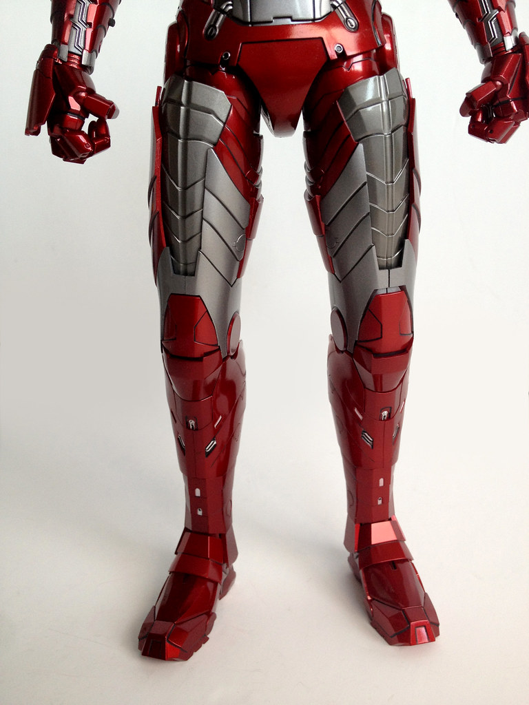 hot toys iron man mark v leg details
