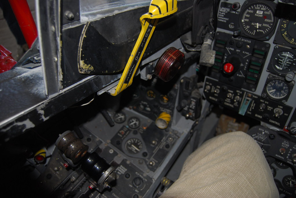 Mcdonnell Douglas F4 Phantom Ii Cockpit Trainer Throttles