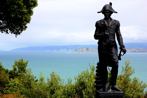 Captain Cook, Kaiti Hill, Gisborne