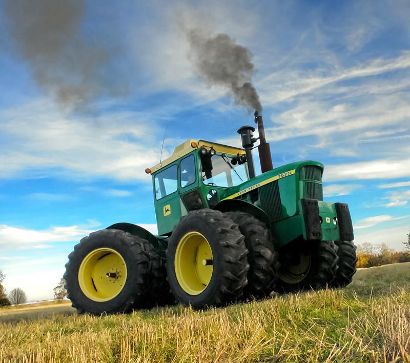 Pulling Tractors For Sale >> John Deere 7520   Here is a Beautiful 7520 blowin' smoke ...