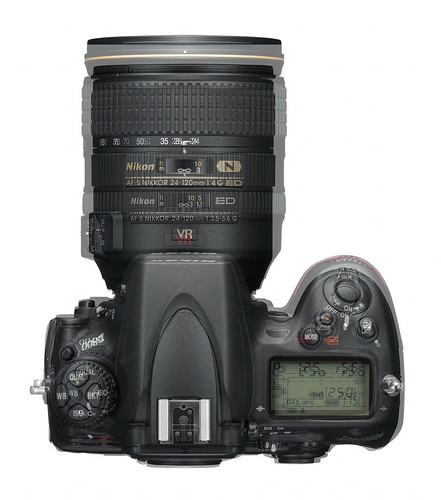 D700 vs D800 size difference | by Brad HK