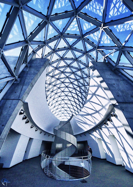 Dec 04, · The Dali Museum is arguably the best museum in the Tampa Bay Area. It is located in downtown St. Pete along the waterfront in a beautiful building. They have an extensive selection of surrealist paintings by Salvador Dali/5().