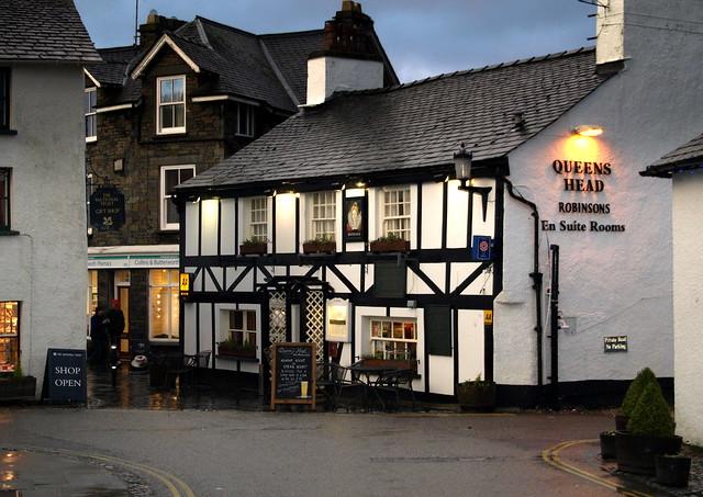 the queens head pub in hawkshead flickr photo sharing. Black Bedroom Furniture Sets. Home Design Ideas