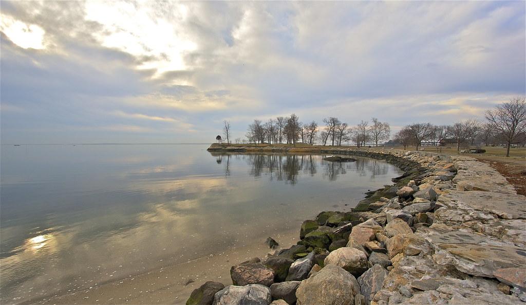 Long Island Sea