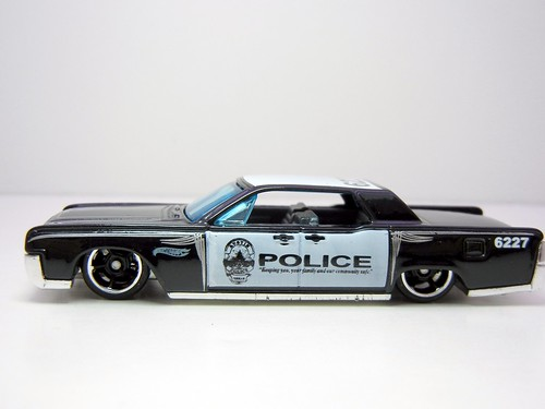 hot wheels 39 64 lincoln continental police 2 by jadafiend. Black Bedroom Furniture Sets. Home Design Ideas