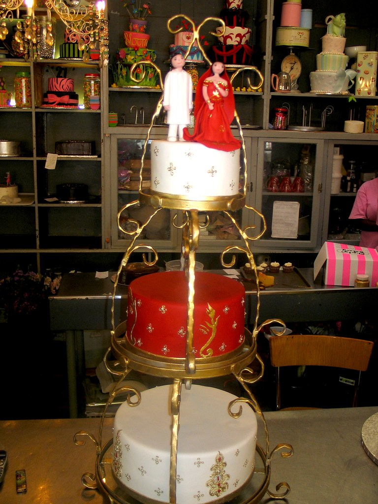 White Black And Red Wedding Cakes