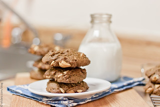 Cocoa Cashew Chocolate Chip Cookies | by Elsbro