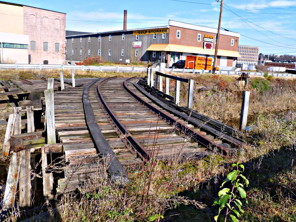 Abandoned Railroad Bridge Lawrence Ma It Doesn T