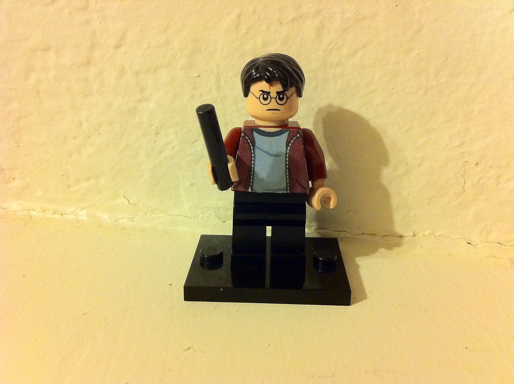 Lego Harry Potter 5 7 Harry Red Jacket Dumbledore