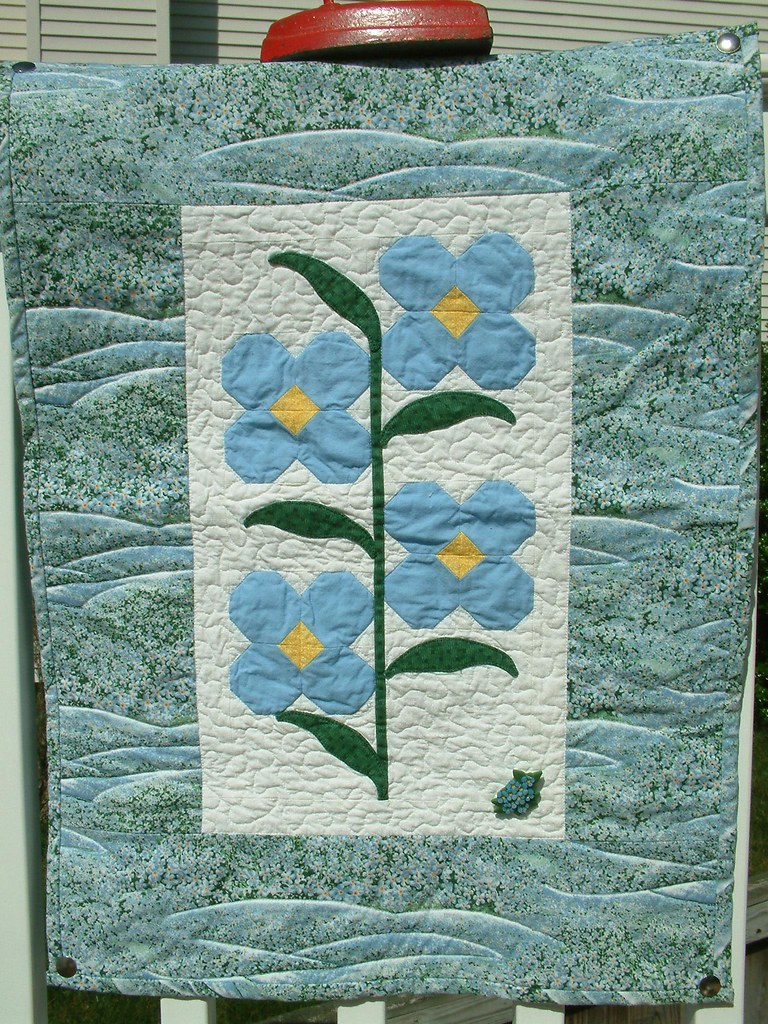 Forget Me Not Wall Quilt 2001 Alaska State Flower Fabric