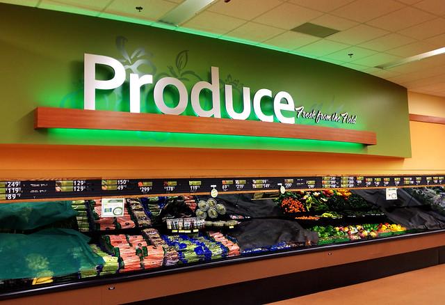 Produce Area Design | Market Decor Design | Interior ...