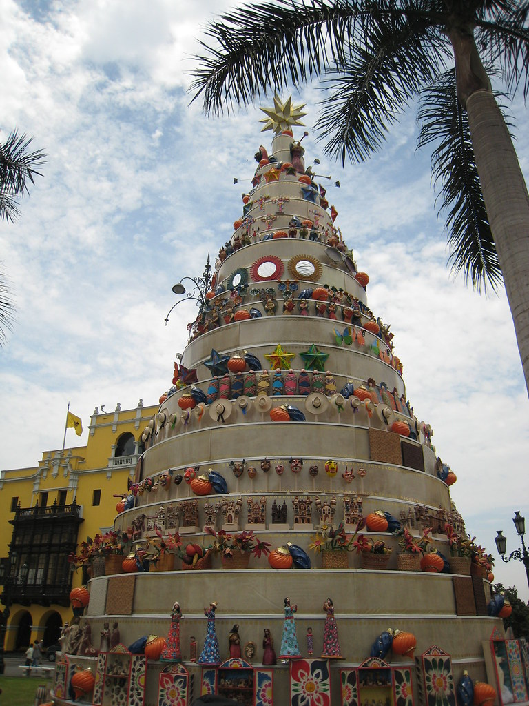 Lima Main Square Christmas tree | Lima, Peru | Suedehead ...
