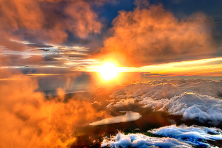 Majestic Sunrise from the Summit of Mount Fuji | by Sprengben [why not get a friend]