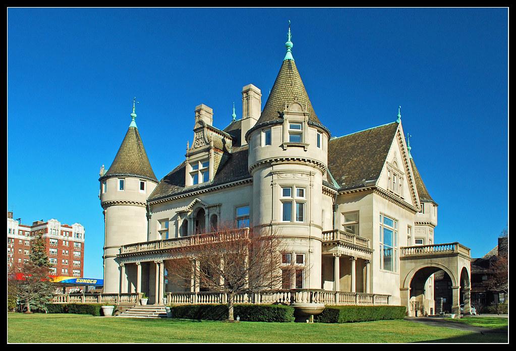 Hecker Smiley Mansion In Detroit Visit To Detroit