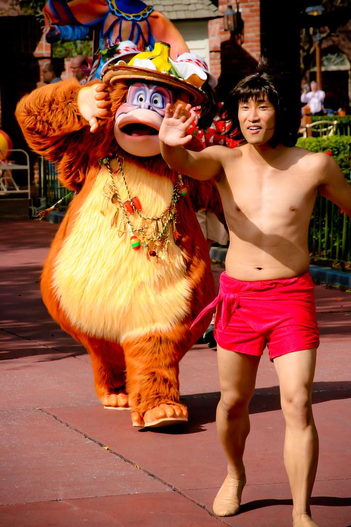 how to make mowgli costume