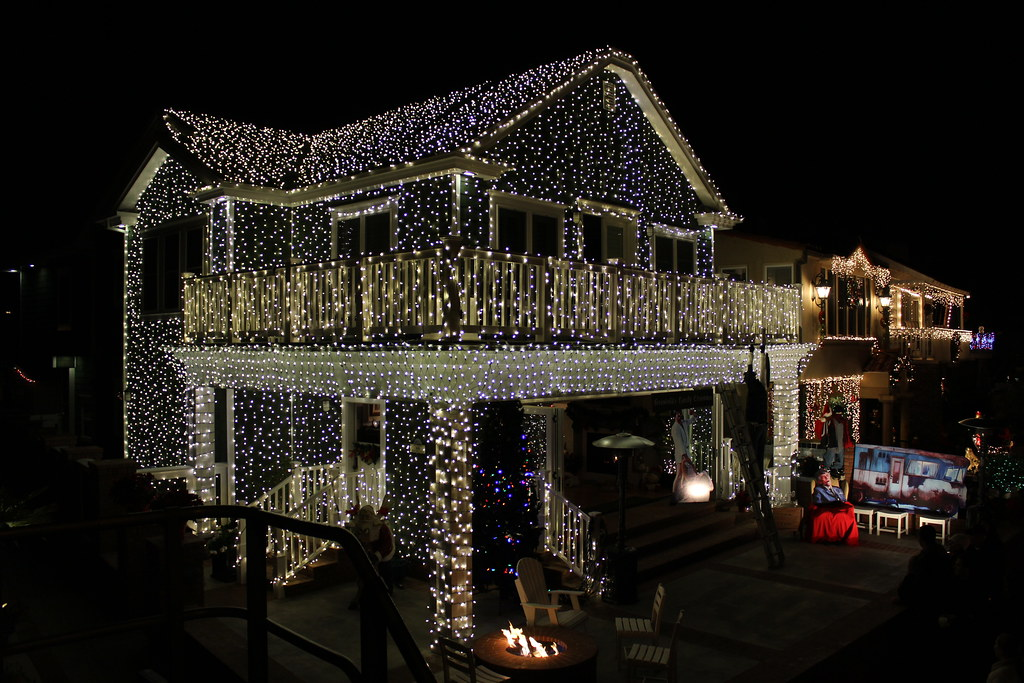 Waterfront home Completely covered in LED Christmas lights… | Flickr