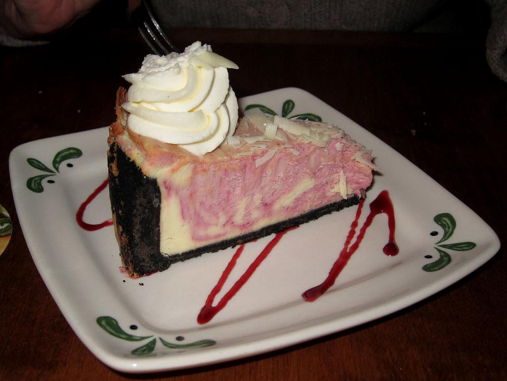 White Chocolate Raspberry Cheesecake At Olive Garden 12 11 Flickr