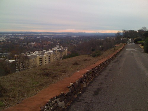 Looking towards the airport and along the Red Mountain ridge | by kartoone76